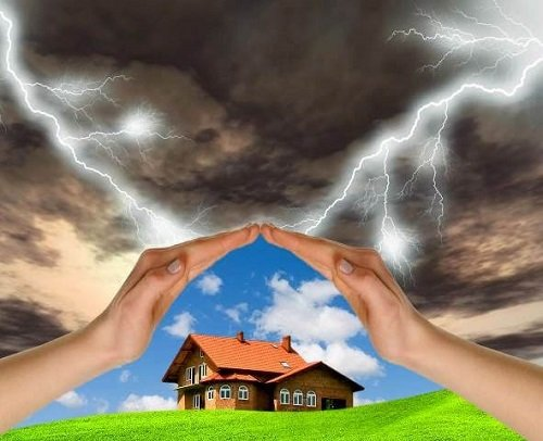 Cum ne curatam casa de energii negative