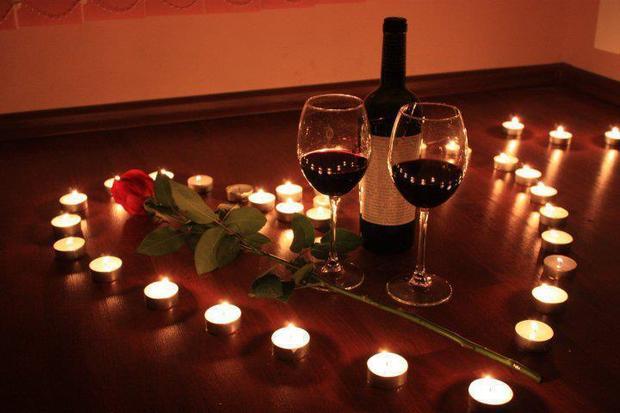 10 uleiuri esentiale pentru o seara romantica